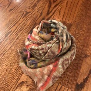 Epice wool scarf